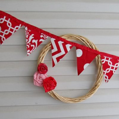 Valentine Bunting |Crazy4Embroidery.com