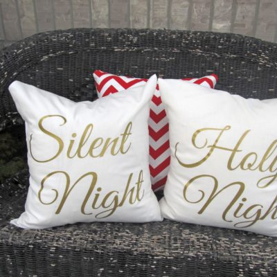 Silent Night, Holy Night Christmas Pillows | Crazy4embroidery.com